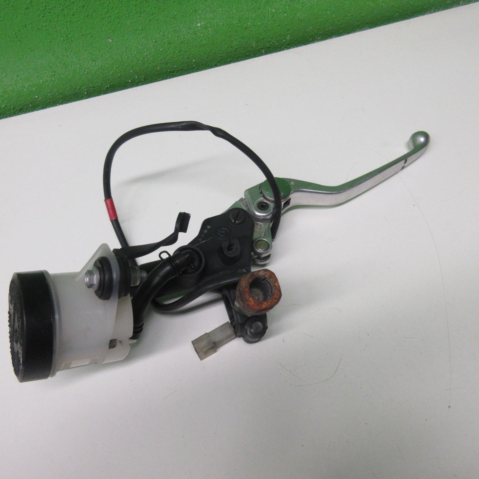Bremspumpe vorne Aprilia RSV 1000 RR Tuono