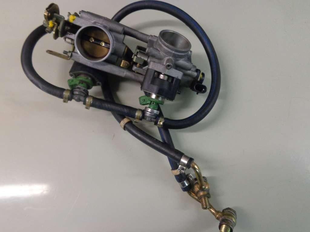 Ducati ST 2 BJ 2001 Einspritzanlage Einspritzung  injection