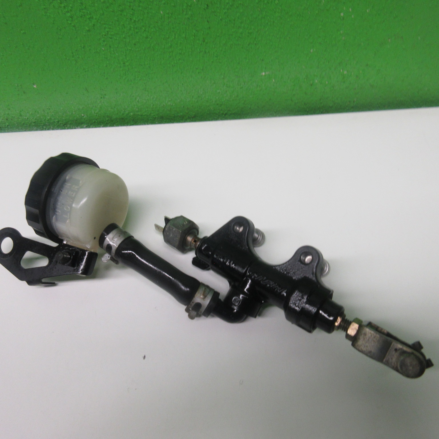 Bremspumpe hinten Bremszylinder Triumph Sprint RS 955 695 AC