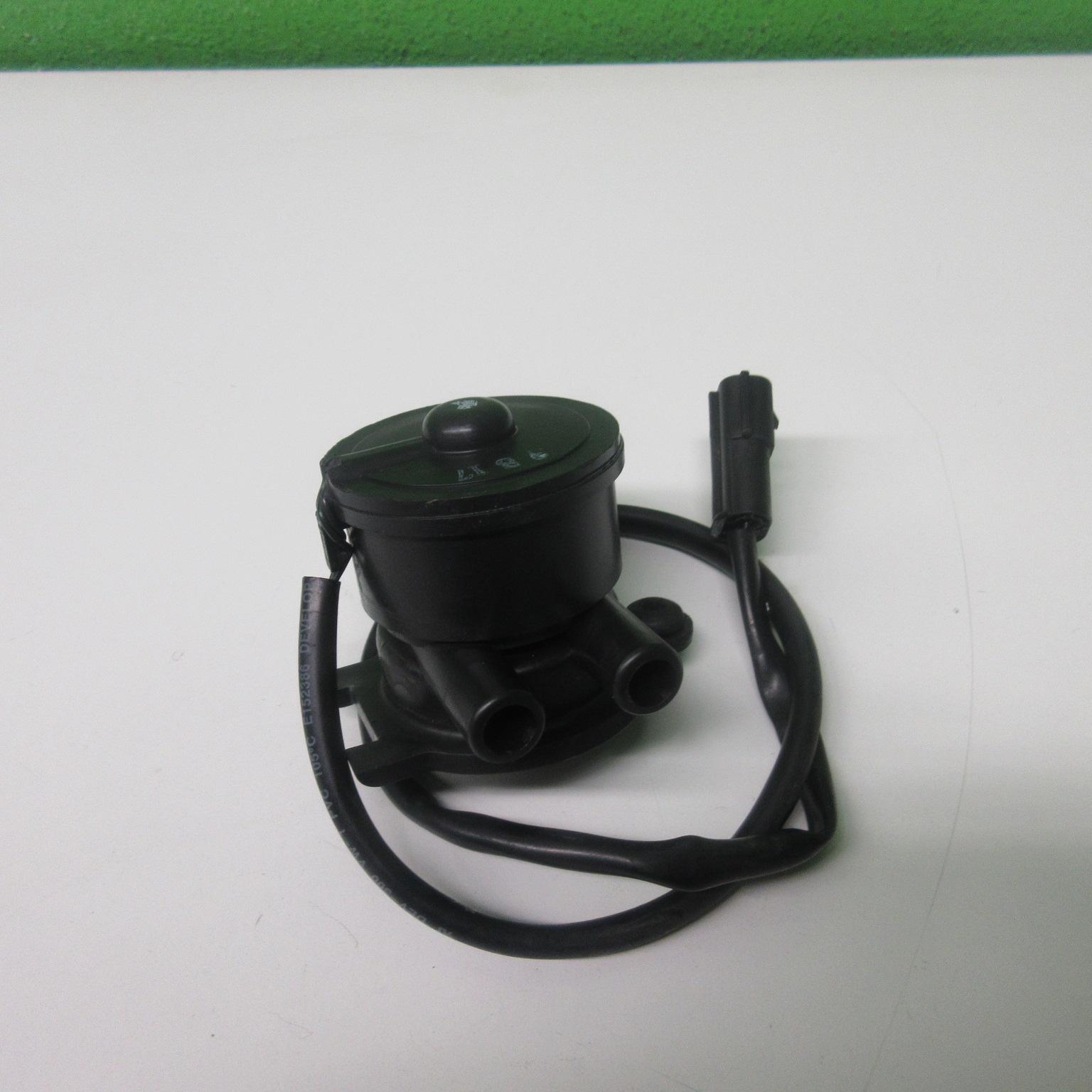 Airbox Sensor Luftmengensensor Triumph Sprint RS 955 695 AC